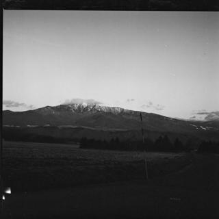 rolleiflex-sl66-with-ttl-finder--filmed-by-rollei-hft-planar28--80-ilford-xp2-super-400--yellow-filter-location-foot-of-mt-asama-nagano-japan-january-10-2016_24441049852_o.jpg