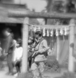 rolleiflex-sl66-with-ttl-meter-finder--filmed-by-homemade-lens-using-a-x23-magnifier-lens-kodak-tri-x-400--kawagoe-festival-kawagoe-shi-japan-march-26-2016_25689000844_o.jpg